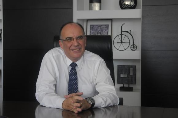 José Luis Rey, contador.