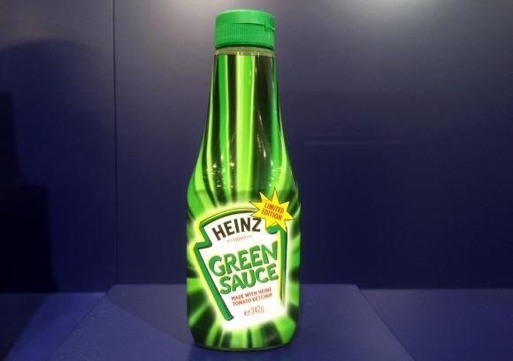 Heinz. El cambio al color verde en el año 2000 no resultó exitoso para la marca.
