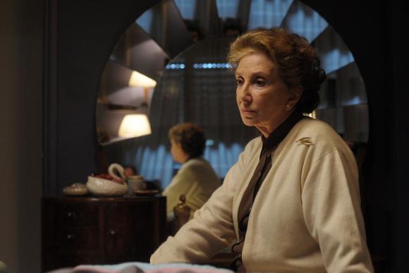 Norma Aleandro encarna a Doris, la tía de la esposa del protagonista.