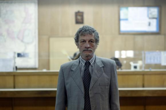 Daniel Fanego es el fiscal Raúl Mondragón.