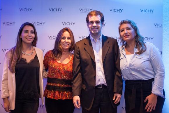 Camila Rivera, Jacqueline Curbelo, Juan Rodríguez, Mónica Beux.