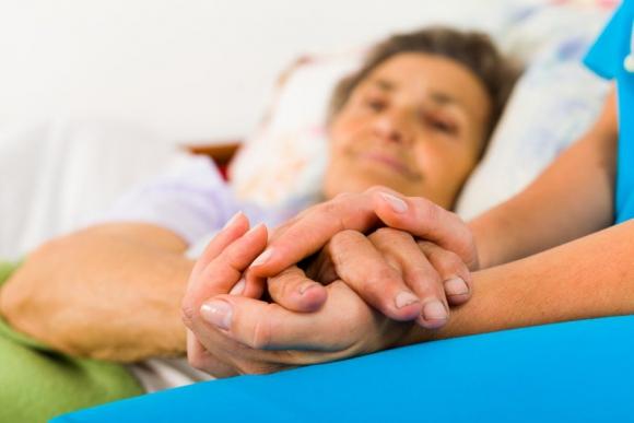 Buscan ley que proteja y ayude a pacientes que sufren Alzheimer. Foto: Shutterstock