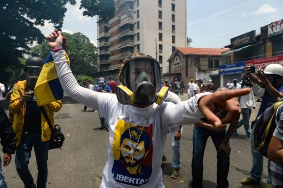 Disturbios en Caracas por marcha de la oposición.Foto: AFP