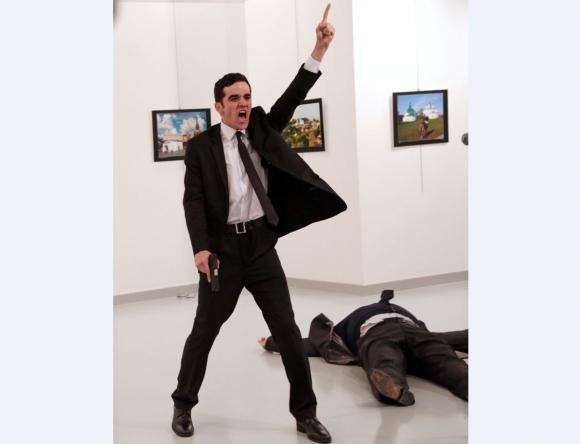 Foto ganadora del World Press Photo:  Burhan Ozbilici / Cortesía de World Press Photo Foundation/ Vía Reuters