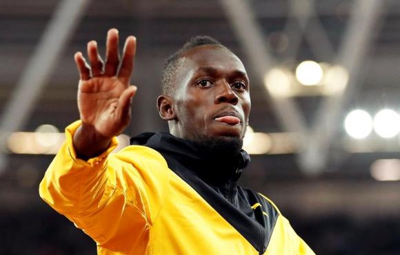 Usain Bolt despidiéndose del público en el estadio Olímpico de Londres. Foto: EFE