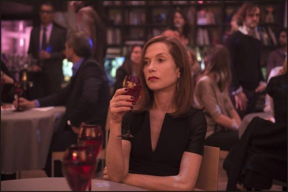 Isabelle Huppert seria candidata a Mejor Actriz en ambas premiaciones por<i> Elle.</i>