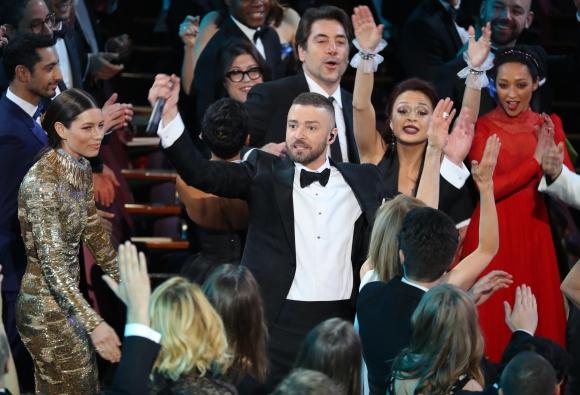 Justin Timberlake abrió con un impresionante show que dejó con ganas de más.