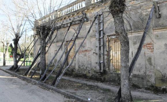 Galarza. La casa más antigua está en ruinas. Durante años la Junta intentó restaurarla, pero nunca consiguió el dinero. Foto: D. Borrelli.