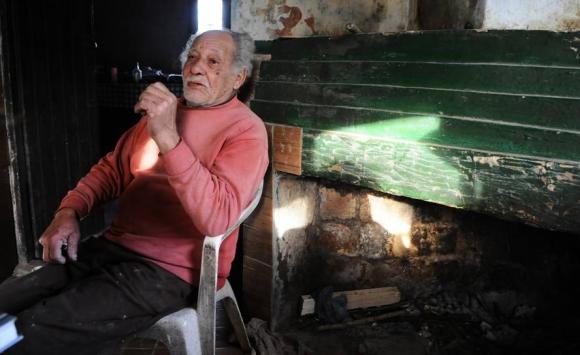 Rodríguez. Pescó durante 50 años y jugó al fútbol para el cuadro local Cabildo y para Wanderers de Paysandú. Foto: D. Borrelli.