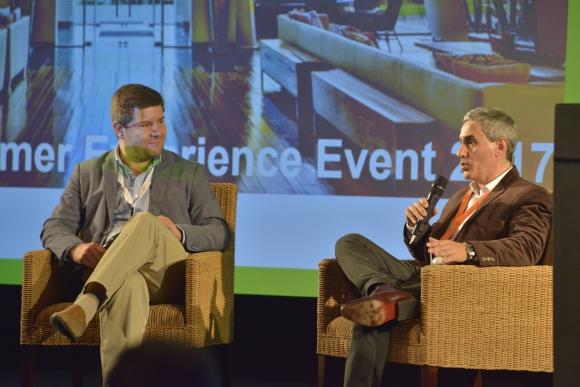 Raet Customer Experience. Álvaro Capobianco y Fernando Rivera en un momento del evento.