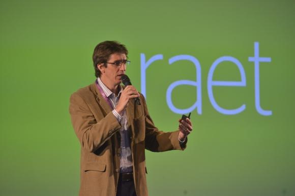 Raet Customer Experience. Matías Ghidini habló de la importancia de medir porqué la gente se va de una empresa.