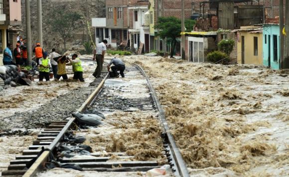 El río Rímac recorre 150 kilómetros. Foto: AFP