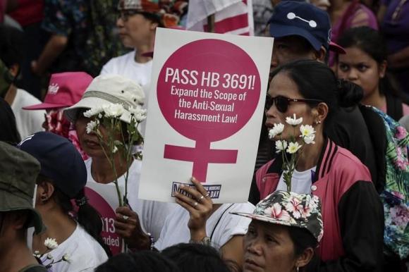 Marcha en el Día Internacional de la Mujer en Manila (Filipinas). Foto: EFE