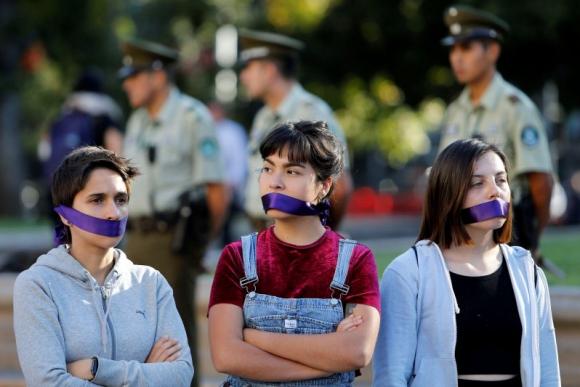 Manifestación por el Día de la Mujer en Chile. Foto: Reuters.