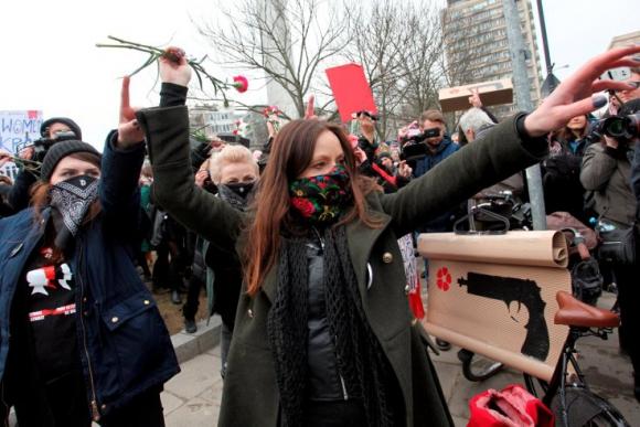 Manifestación por el Día de la Mujer en Polonia. Foto: Reuters.