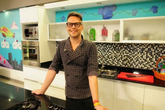 Mario Padrón es quien lleva las riendas de la cocina en VTV.
