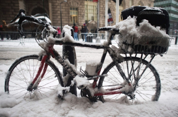 Tormenta de nieve cubrió de blanco varias ciudades de EEUU. Foto: AFP