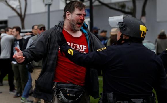 Hubo incidentes en una movilización pro Trump. Foto: Reuters
