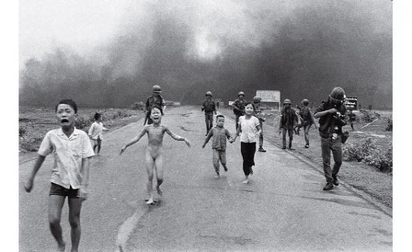 Nick Ut, El terror de la guerra, sin reencuadrar, Vietnam, 1972. Foto AP/Nick Ut