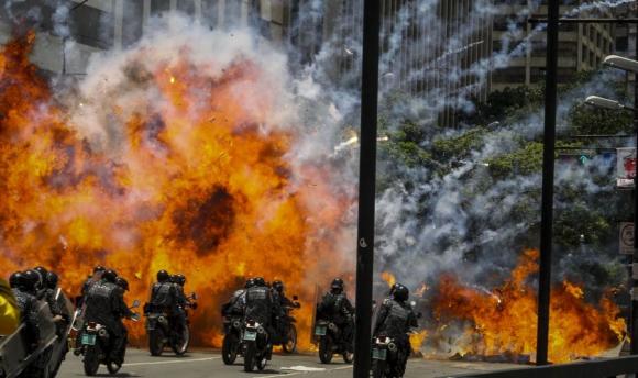 La jornada de votación estuvo marcada por violencia y muerte. Foto. EFE