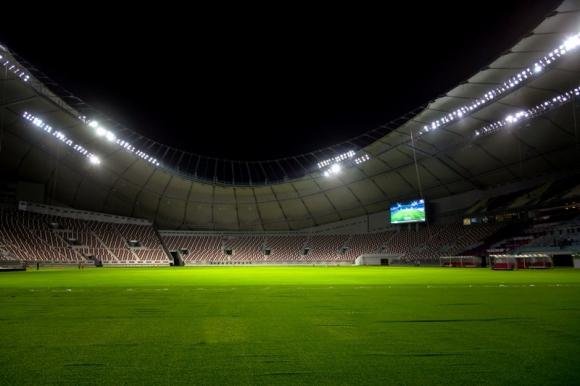 Tanto en la cancha como en las tribunas se instaló aire acondicionado. Foto: Reuters