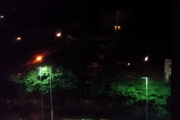 Los fanáticos de Botafogo tiraron bombas en las afueras del Sheraton. Foto: @ma__teo