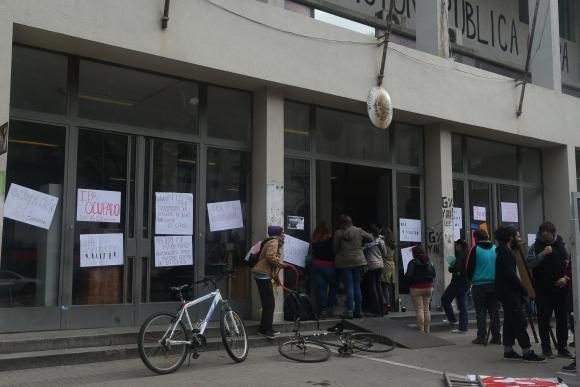 Ocupación en el IPA. Foto: Ariel Colmegna