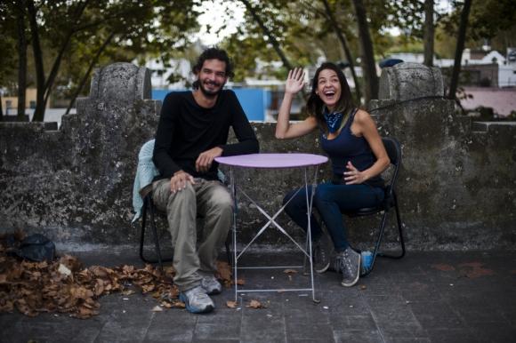 Venezolanos: Rosalba y Jonathan alquilan un cuarto en Parque Rodó. Foto: Fernando Ponzetto