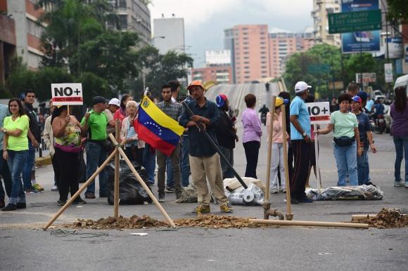 Protestas tras el anuncio de Maduro en Venezuela. Foto: AFP