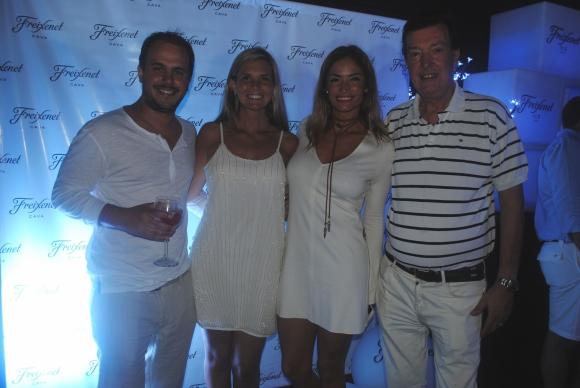 Pablo y Serrana Calvete, Claudia Fernández, Paco Calvete.