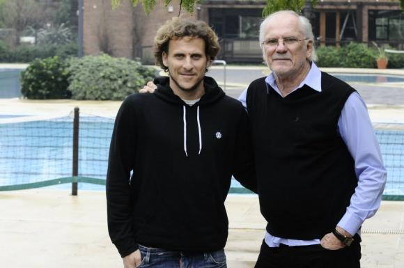 Diego y Pablo Forlán compartieron las camisetas de Peñarol y Uruguay. Foto: Darwin Borrelli.