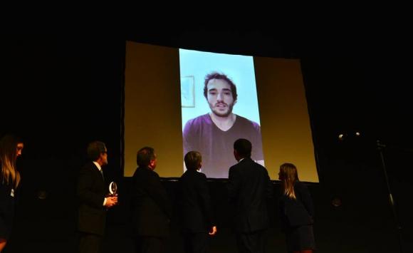 El mensaje de Emiliano Lasa, ganador del Charrúa de Oro, que no pudo estar en la ceremonia. Foto: Gerardo Pérez