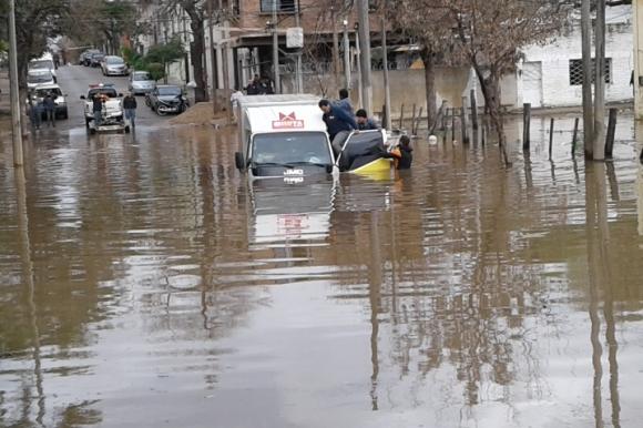 Continúan las inundaciones en Salto. Foto: Luis Pérez.