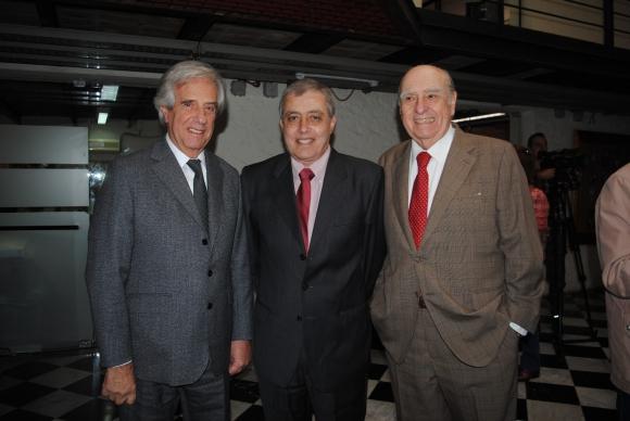 Tabaré Vázquez, Claudio Paolillo, Julio María Sanguinetti.