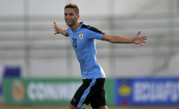 Rodrigo Bentancur - 19 años - Boca Juniors. Foto: Archivo El País