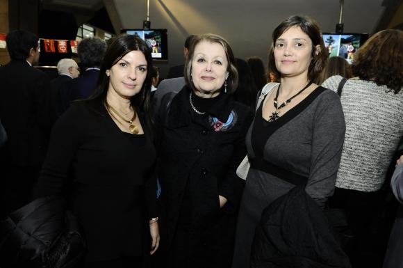 Daniela Bouret, Esther Pailos, Mariana Magariños.