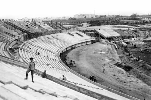 El Estadio Centenario en la década de 1930. Foto: Centro de Fotografía