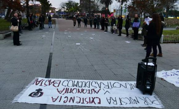 Concentración Ni una menos en Maldonado. Foto: Ricardo Figueredo.