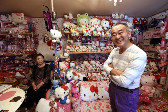 Masao Gunji tiene la colección más grande de Hello Kitty. Foto: AFP