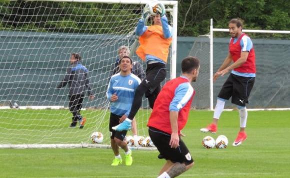 Uruguay entrenó en la previa al amistoso ante Irlanda. Foto: @Uruguay