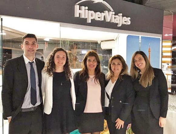 Equipo de Ventas de HiperViajes en Punta del Este.