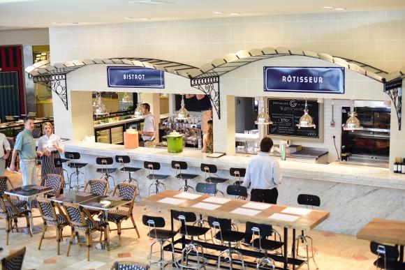 Gourmand. De estilo francés, el espacio ocupa 750 m2 en Patio Bullrich.