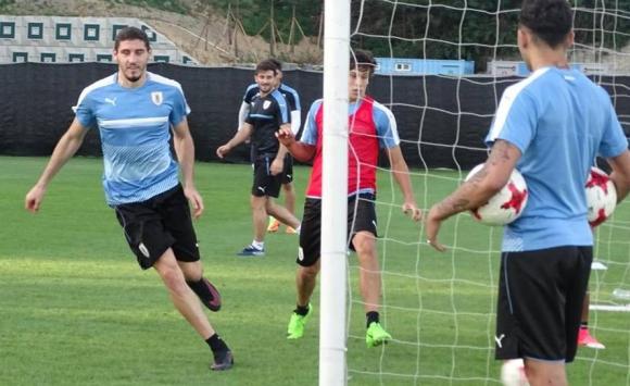 La selección de Uruguay tuvo su último entrenamiento previo al partido ante Italia por el Mundial sub 20. Foto: @Uruguay