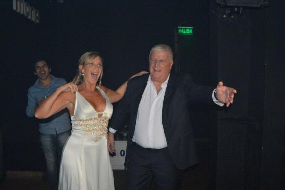 Alberto Sonsol y su esposa Patricia Datz fueron los reyes de la pista.