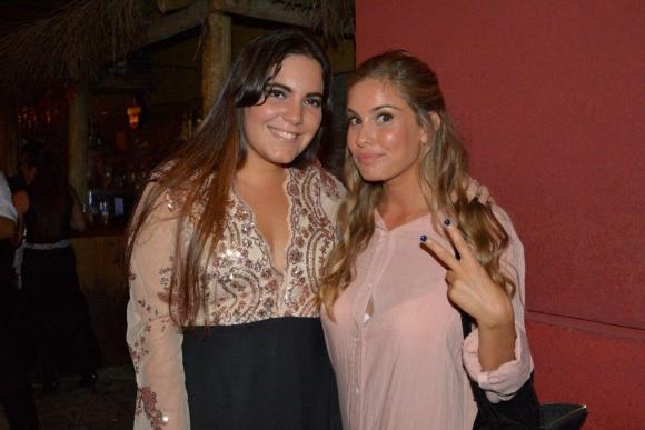 Cami Rajchman y su amiga Cecilia Larroca.