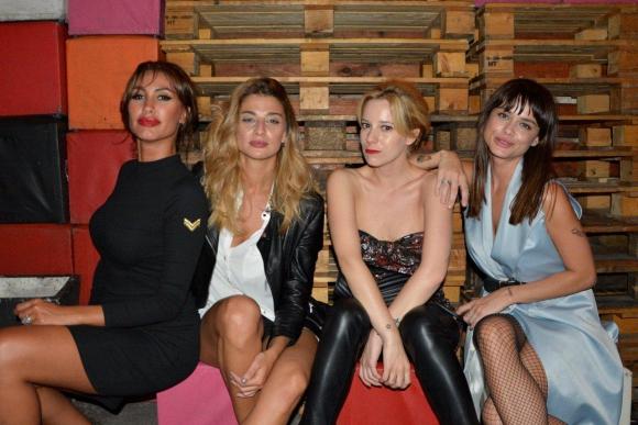 Las diosas del after: Giannina Silva, Eliana Dide, Lumila Ramírez y Vitto Saravia.