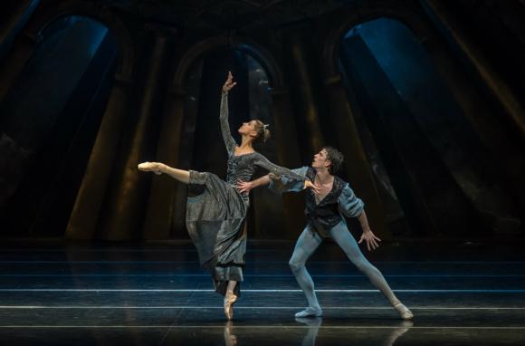 Ciro Tamayo se convirtió en figura del Ballet del Sodre . Foto:  Carlos Villamayor