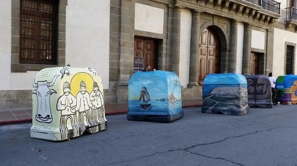 Intervienen contenedores en Montevideo. Foto: Ariel Colmegna