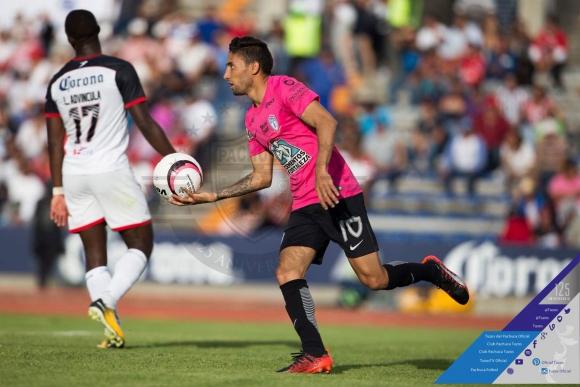El tanto de Urretaviscaya fue en la hora y no alcanzó para el empate. Foto: @Tuzos