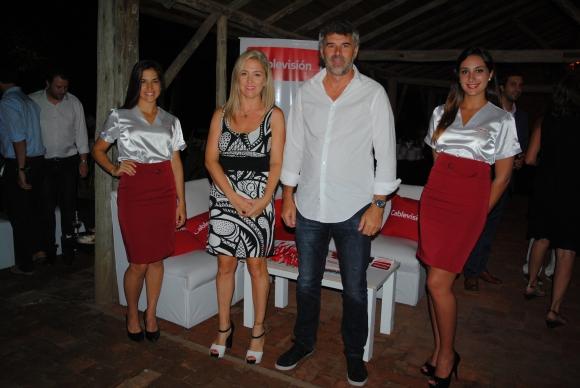 Gisella Tomasi, Gerente Comerical de Cablevisión y Guillermo Valente, Gerente General.
